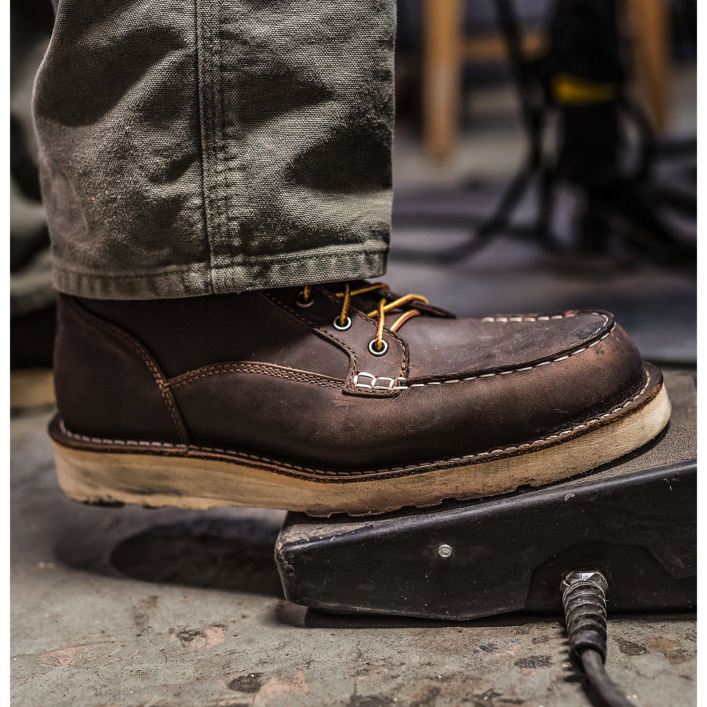 65df099f31c Top 5 Best Boots for Roofers in 2019 - Work Boot Guide